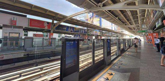 戦勝記念塔駅(Victory Monument Station)