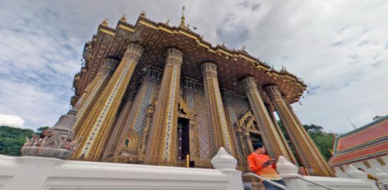 ワット・プラタート・プラ・プッタバート・ブアボック(Wat Phra That Phra Phutthabat)